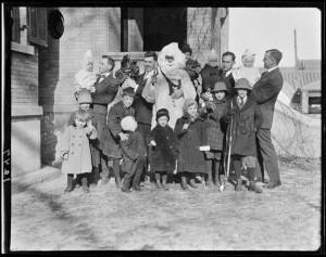 """YMCA Christmas, Children"" (1917-1919)"