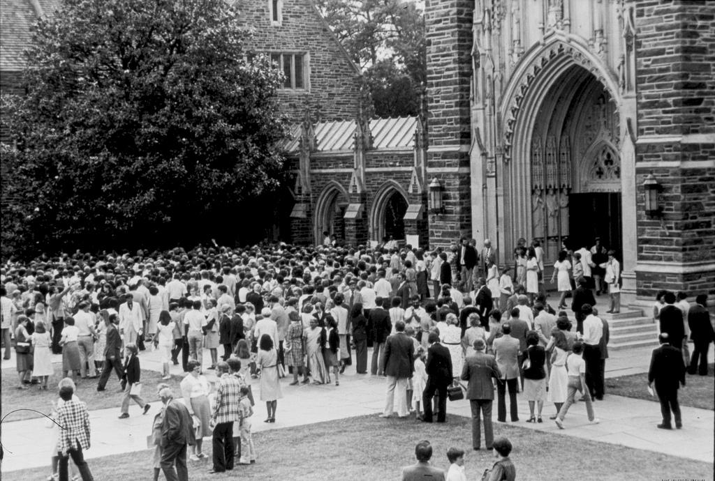 Chapel scene, 1985