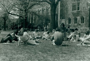 Duke students sitting on the quad, c. 1984. Duke University Archives.