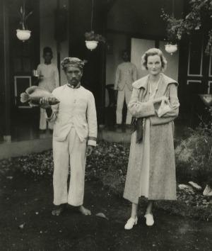 Doris Duke on honeymoon