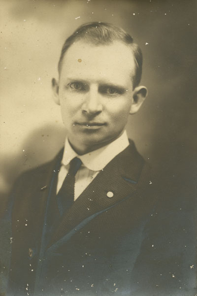 Holland Holton, February 1922