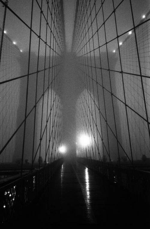 Lynn Saville photograph of Brooklyn Bridge