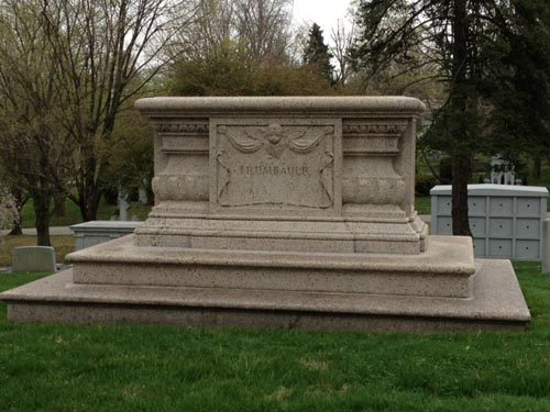 Photo of Horace Trumbauer's grave.