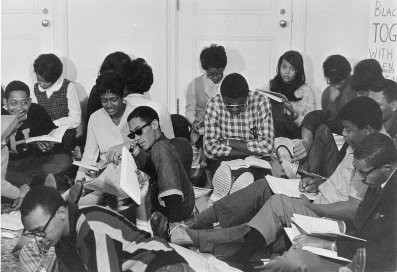 Photo of students participating in the Allen Building Study-In, November 13, 1967