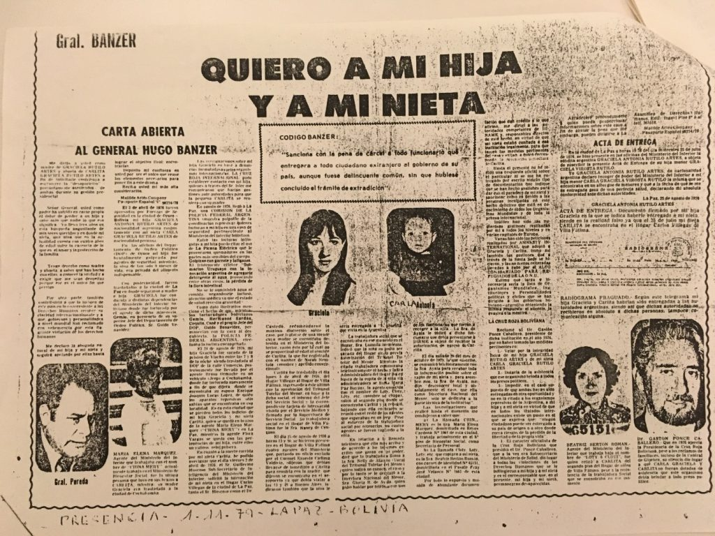 "Black and white pamphlet that reads at the top ""Quiero a mi hija y a mi nieta."" The rest of the page includes columns of text and photographs."
